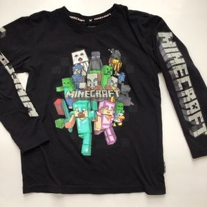 $7 bundle item💙 Minecraft shirt
